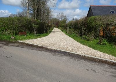 Track splay with cotswold stone